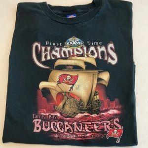 Tampa Bay Buccaneers Shirt SuperBowl 2003